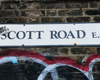 Hepscott Road sign Bow