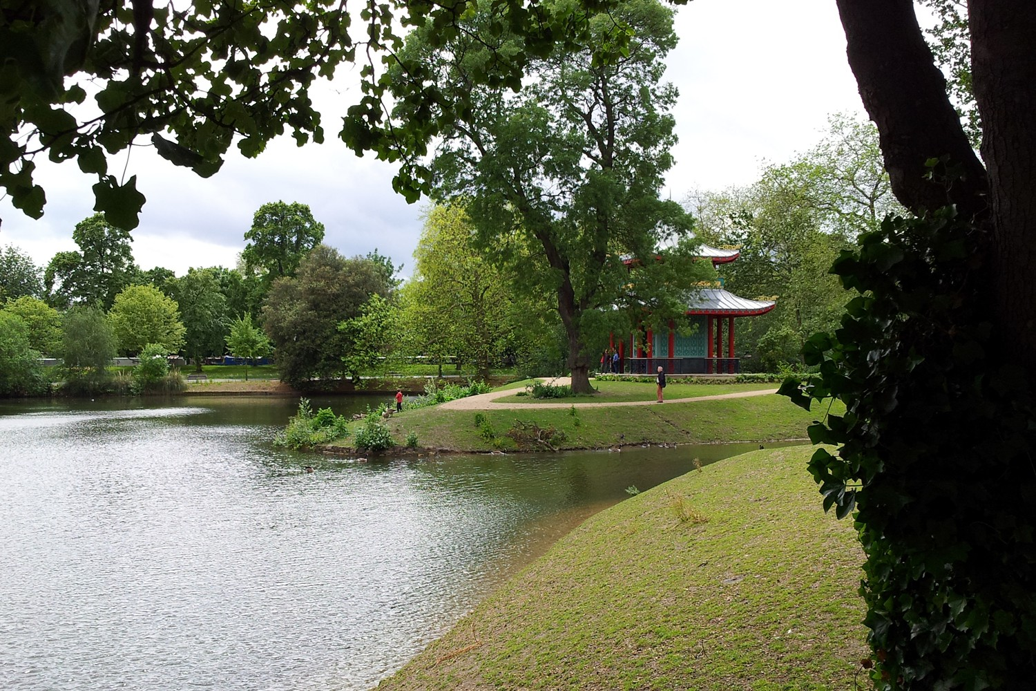 The replacement Victoria Park pagoda