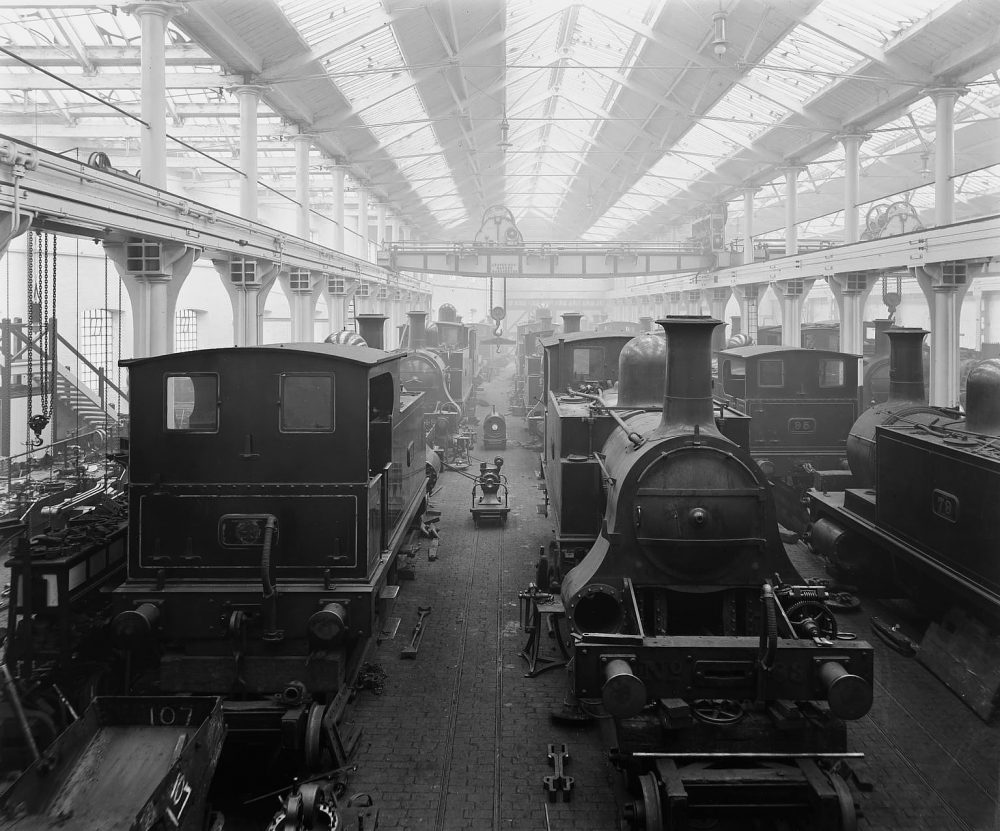 NLR locomotive building and repair works 1900. Image courtesy Science Museum Group.