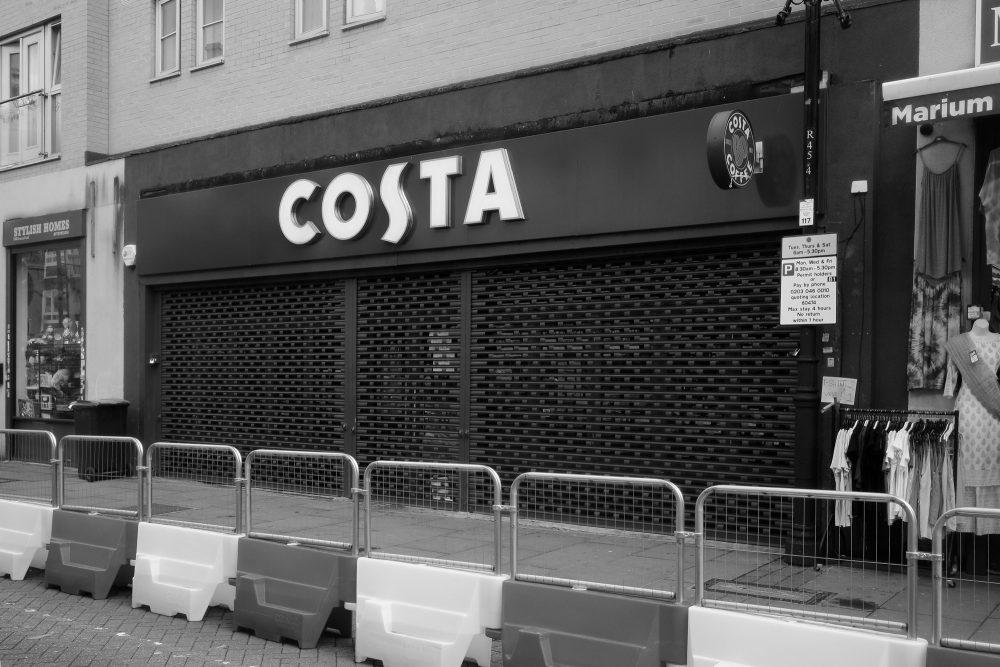 Costa Coffee still closed after the coronavirus lockdown.