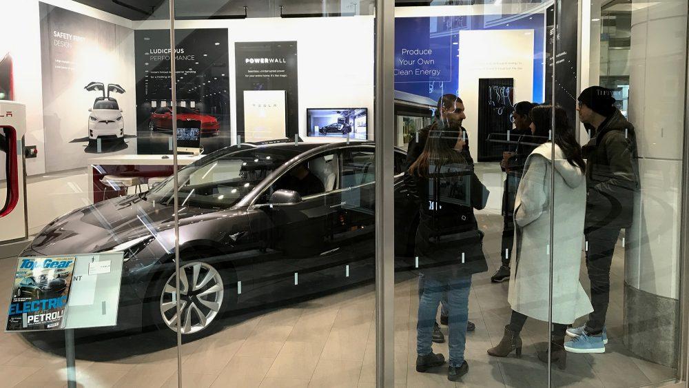 Tesla pop-up showroom at Canary Wharf Nov 2019