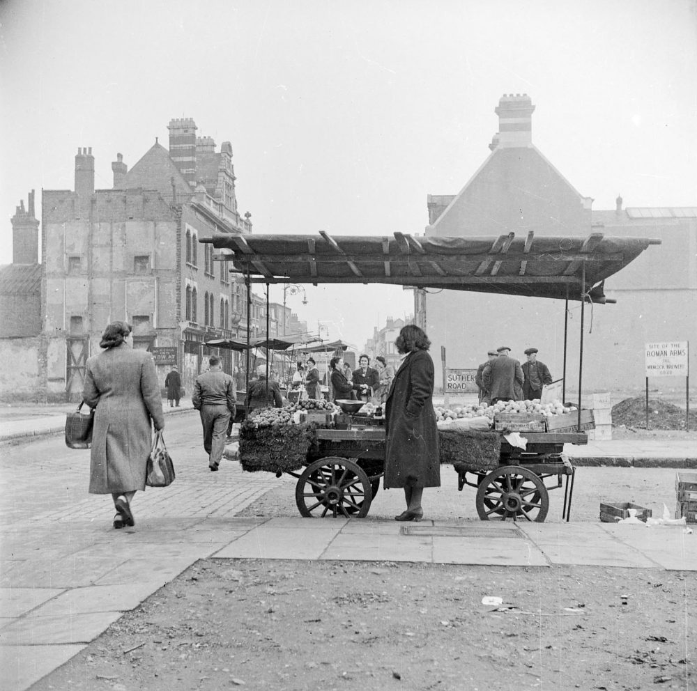 Chrisp Street Market 1949-50 by Nigel Henderson
