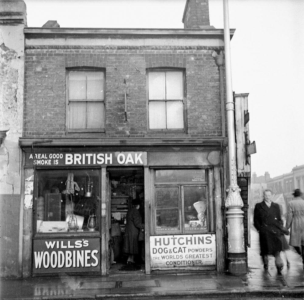 Unknown street scene early 1950s by Nigel Henderson
