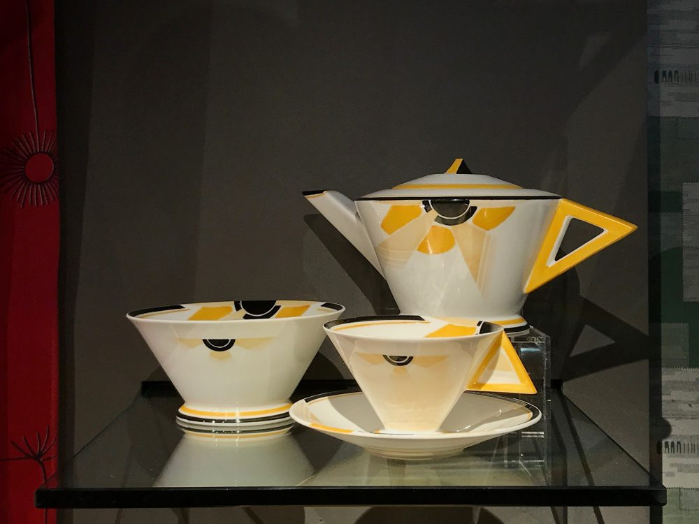 Tea service designed by Eric Slater for Shelley Potteries in 1930. It was radically different at the time.